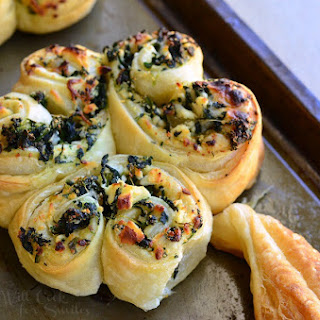 Spinach and Feta Pastry Shamrock
