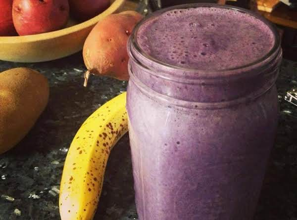 Beautiful Berry Morning Shake