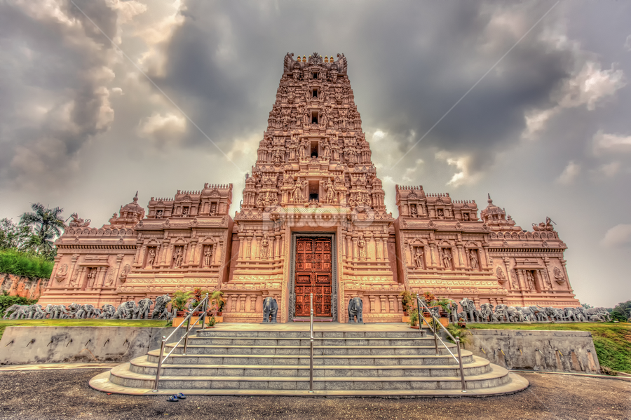 Bhuddist Temple Malaysia by Vincent van Rooijen - Buildings & Architecture Places of Worship ( temple, asian buildings, architectural detail, malaysia, architecture, bhuddist )