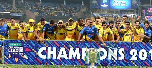 Photo: Chennai Super Kings celebrate after winning the final CLT20 match against Kolkata Knight Riders at M.Chinnaswamy Stadium in Bangalore, on Oct.4, 2014. (Photo: IANS)
