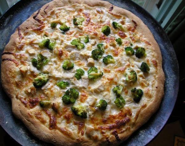 White Pizza With Chicken, Broccoli And Mushrooms Recipe