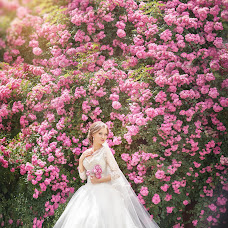 Wedding photographer Ekaterina Lanina-Kostornova (RiderStudio). Photo of 18.12.2014