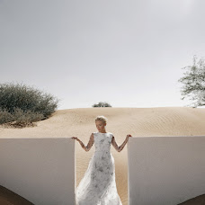 Wedding photographer Liza Karazhova (LizaKa). Photo of 28.01.2019