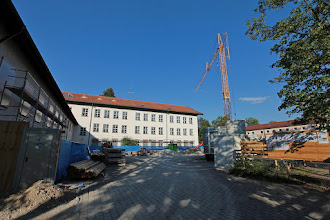 Photo: dann der Blick in den Schulhof