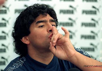 Indrukwekkende eerbetonen Maradona op covers van de grootste kranten, maar l'Equipe veruit de beste