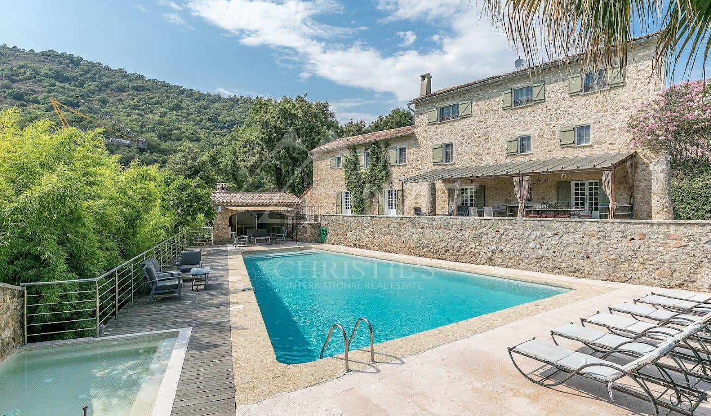 House with pool Auribeau-sur-Siagne