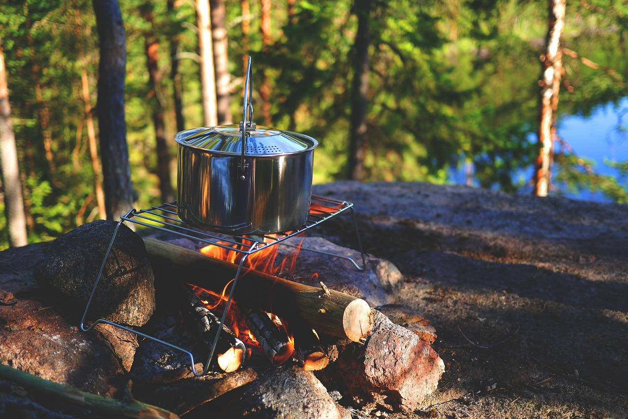 Guide to Motorcycle Camping: extra gear and gadgets
