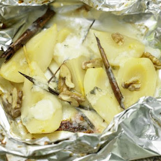 Grilled Pears and Gorgonzola