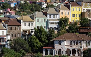 Photo: Houses step up the hillsides above Valparaiso, a city on the coast an hour west of Santiago