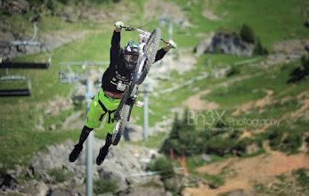 Photo: Some of us are flying... Rider: Cameron Zink Contest: MountainStyle Chatel 2011, France Enjoy!