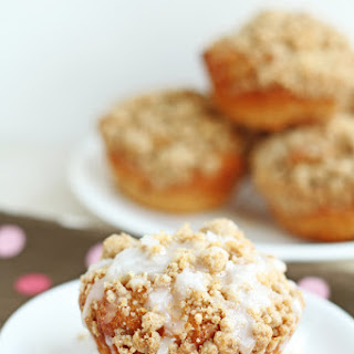 Greek Yogurt Cinnamon Coffee Cake Muffins