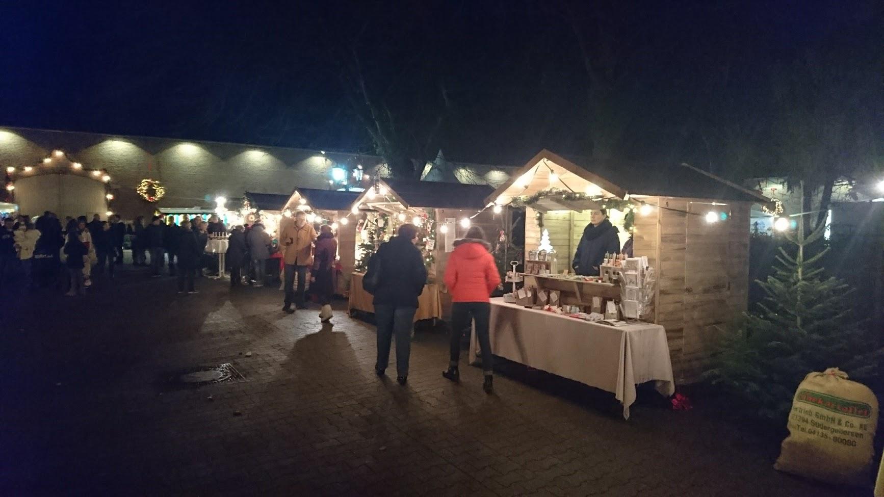 Historischer Weihnachtsmarkt Rittergut Birkhof Marktstände