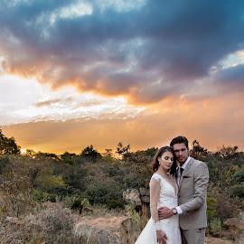 Golden hour  by Alta Mouton - Wedding Bride & Groom