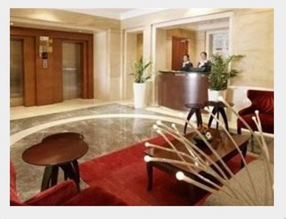 Richmond Green Hotel