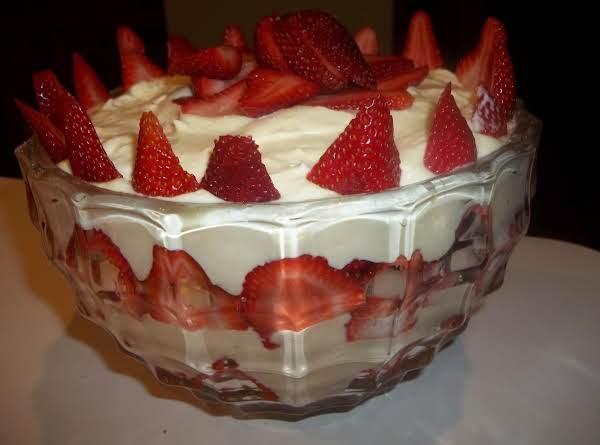 White Chocolate Strawberry Trifle - My Way
