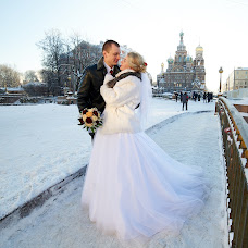 Wedding photographer Anna Chervonec (Luchik84). Photo of 17.02.2016