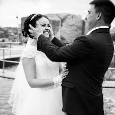 Wedding photographer Anastasiya Likhodey (LAN27). Photo of 17.08.2017