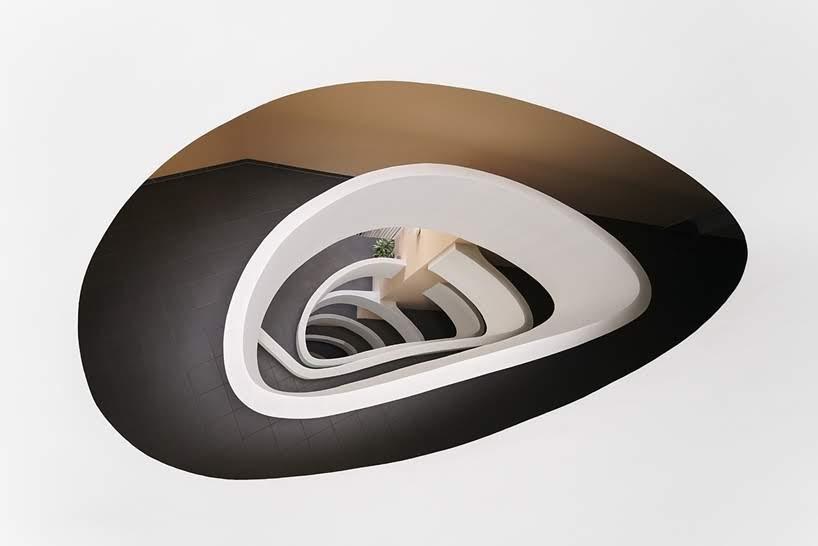 Partes simétricas de Viena por Zsolt Hlinka