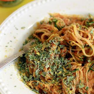Spiralized Zucchini with Raw Pasta Sauce Recipe