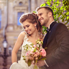 Wedding photographer Anna Zavodchikova (foxphoto). Photo of 27.08.2017