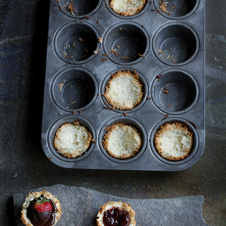 Recipe for Coconut Macaroon Cups with assorted fillings