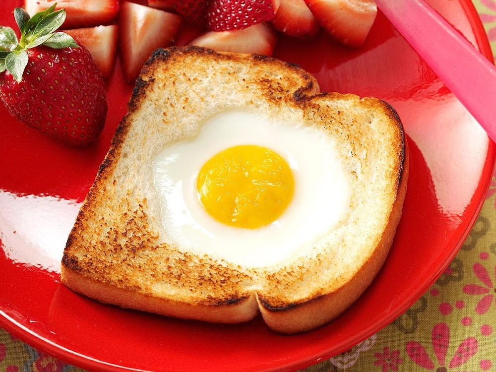 unique-egg-recipes_egg_in_a_hole