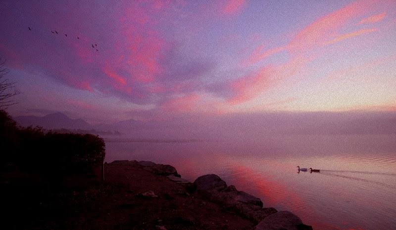 Alba sul lago di vaniamoric
