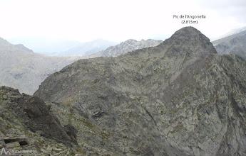 Photo: En la misma carena hacia el SO está el pic de l'Angonella.