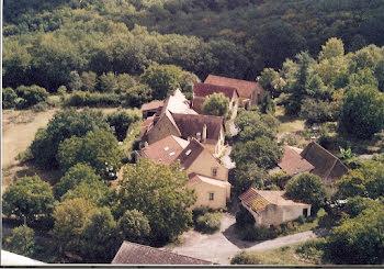 ferme à Les Eyzies-de-Tayac-Sireuil (24)