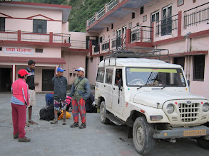 Photo: waiting for the second jeep to arrive for journey to Gangotri from Uttarkashi