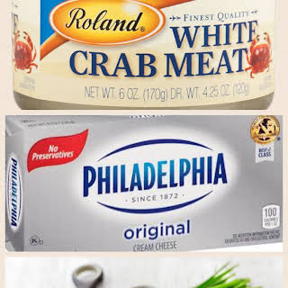 The BEST crab dip ever!!.