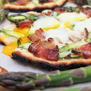 Grilled Breakfast Flatbread with Asparagus and Bacon Recipe