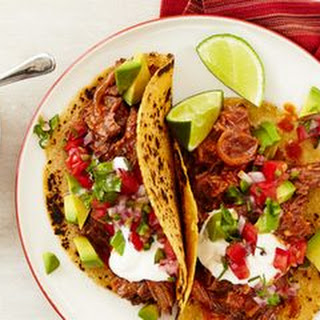 Chipotle Beef Tacos with Pico de Gallo