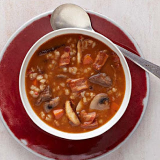 Hearty Mushroom-Beef-Barley Soup