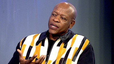 Mzwakhe Mbuli was accused of scamming grieving families.