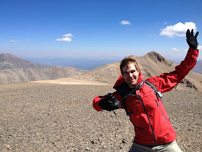 Photo: Ian is photobombing R.'s shot of Mt. Lincoln. We are on Cameron here.