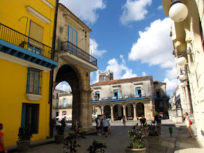 Photo: Havana - Plaza de la Catedral