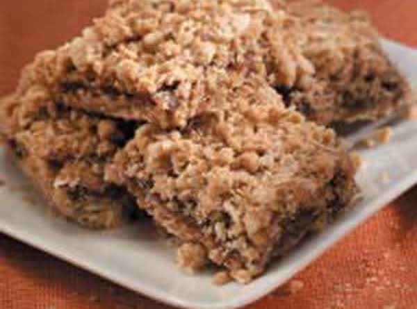 Rice Krispie Date & Walnut Squares Recipe