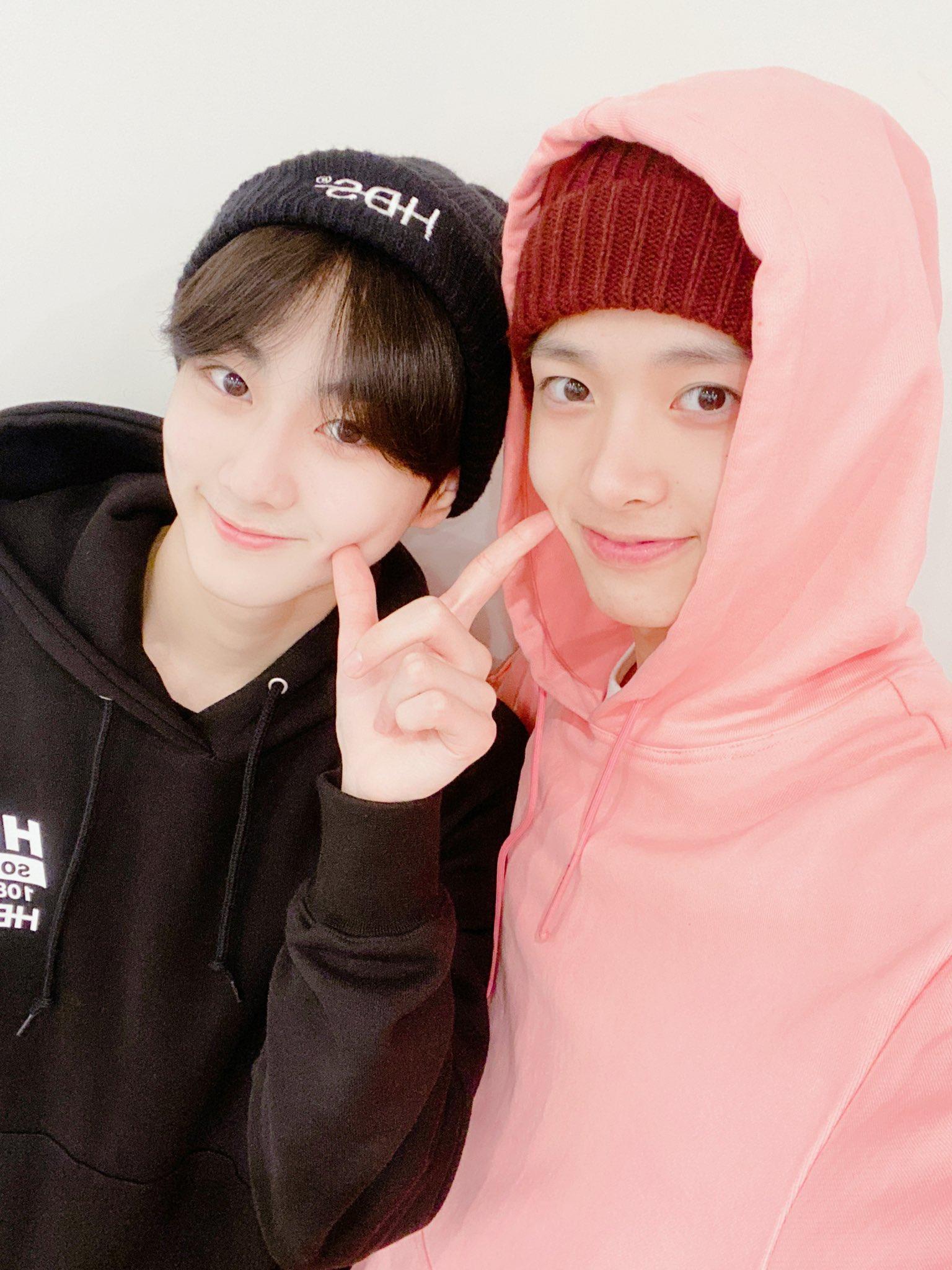 enhypen heeseung heewon @ENHYPEN_members