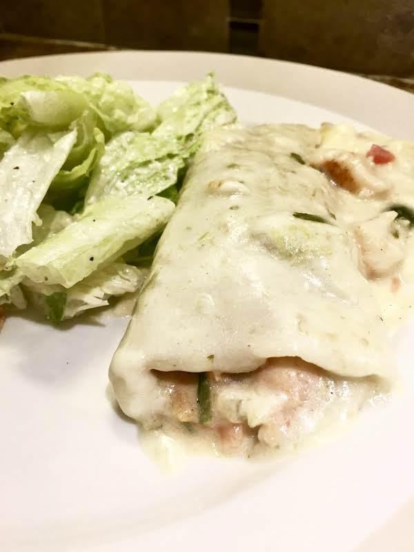 Shrimp Enchiladas With White Cheese Sauce Recipe