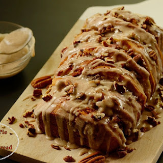 Pumpkin Pie Spice Pull Apart Bread w/ Pecans