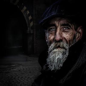 Jezz by Eddie Leach - People Street & Candids ( homeless, street, men, people, portrait )