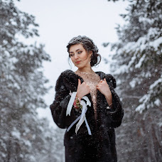 Wedding photographer Viktoriya Komratova (VARTA). Photo of 20.01.2017