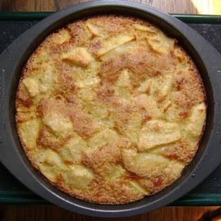 """Russian Apple Cake """"Sharlotka""""."""