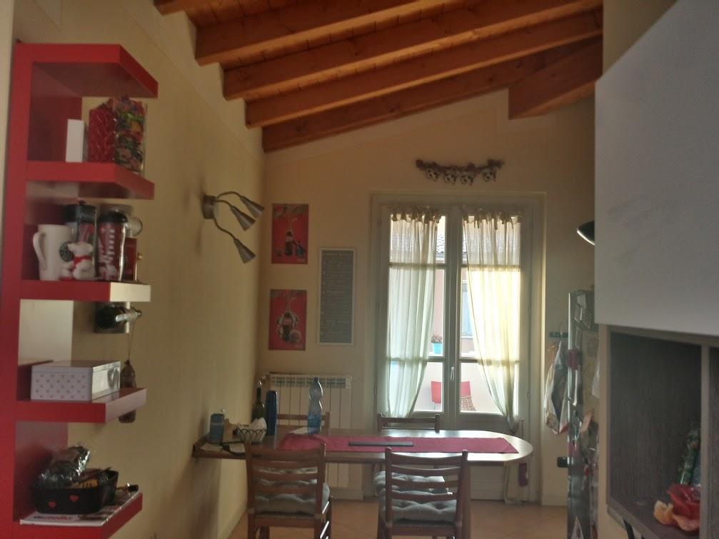 Forum arredamento.it • illuminazione cucina con travi e punto luce ...