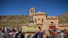 El Santuario del Saliente vive su día grande. Foto de María del Saliente García.