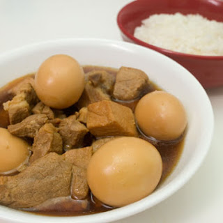 Thịt Kho Recipe - (Vietnamese Braised Pork with Eggs).