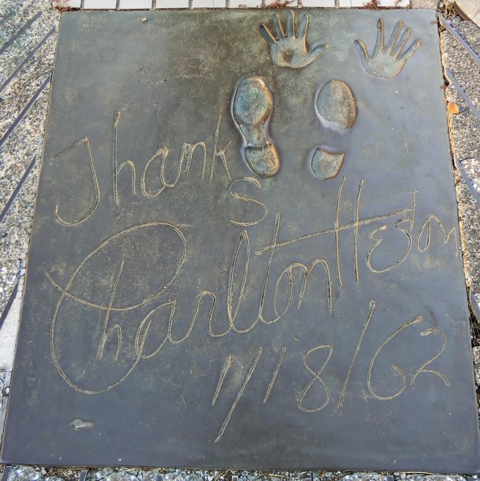 ロサンゼルス広場チャールトンヘストン