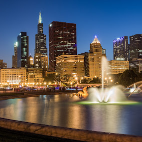The Fountain by Luke Collins - City,  Street & Park  Fountains ( ooc2016, outofchicagoconerence, skyline, illinois, midwest, fountain, buckingham fountain, long exposure, night, chicago, il, outofchicago, out of chicago, city )