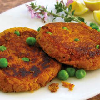 Sweet Potato–Chickpea-Quinoa Burgers